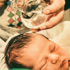 Dlaczego chrzcimy dzieci?